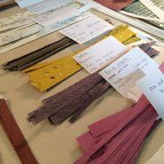Une sélection de papier chiffon et teinture végétale